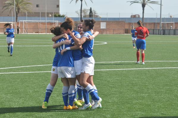 Marta saca del descenso al Sant Gabriel (1-0)