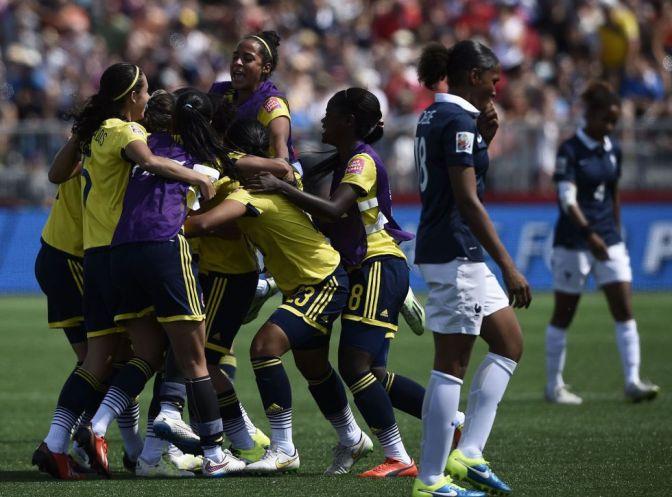 Colombia sorprende a Francia con su primer triunfo mundialista (0-2)