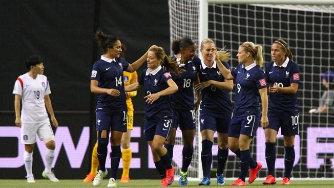 Francia arrolla a Corea y pasa a cuartos (3-0)