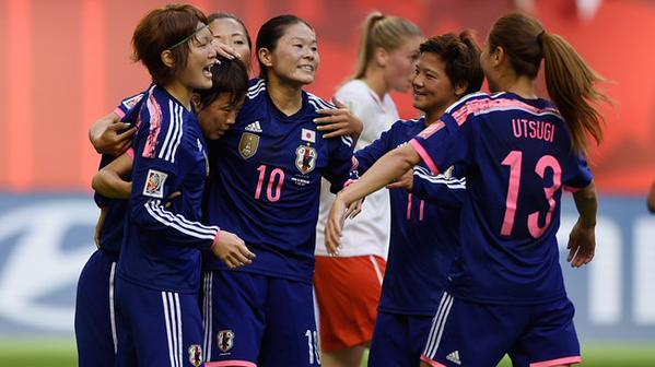 Victoria sufrida y polémica de Japón ante Suiza (1-0)