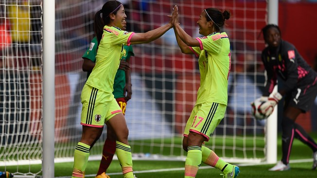Japón consigue el pase a octavos tras vencer a Camerún (2-1)
