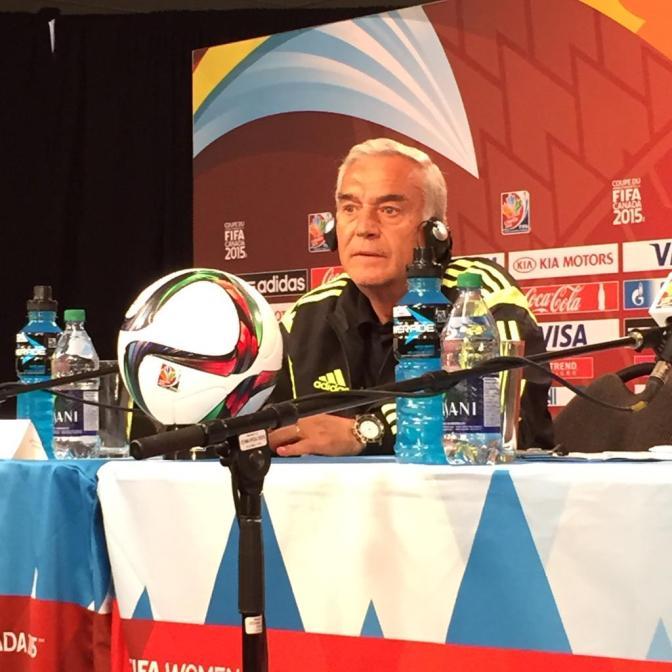 Foto @sefutbol: Ignacio Quereda, en rueda de prensa