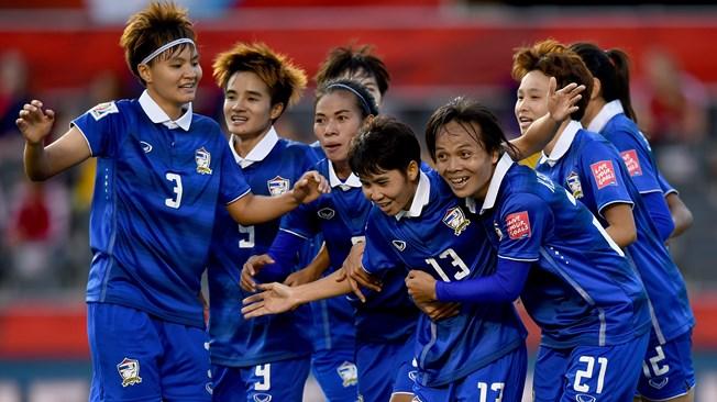 Tailandia sueña tras ganar a Costa de Marfil (2-3)