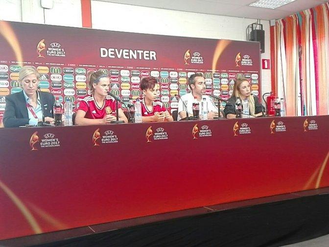 """Jorge Vilda: """"Las jugadoras son conscientes de los errores; estamos más unidos que nunca"""""""